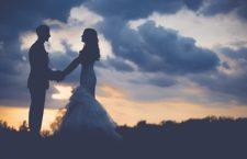 Koniec z darmowymi sesjami ślubnymi na Tenczynie. CKiS uruchamia pakiet dla nowożeńców